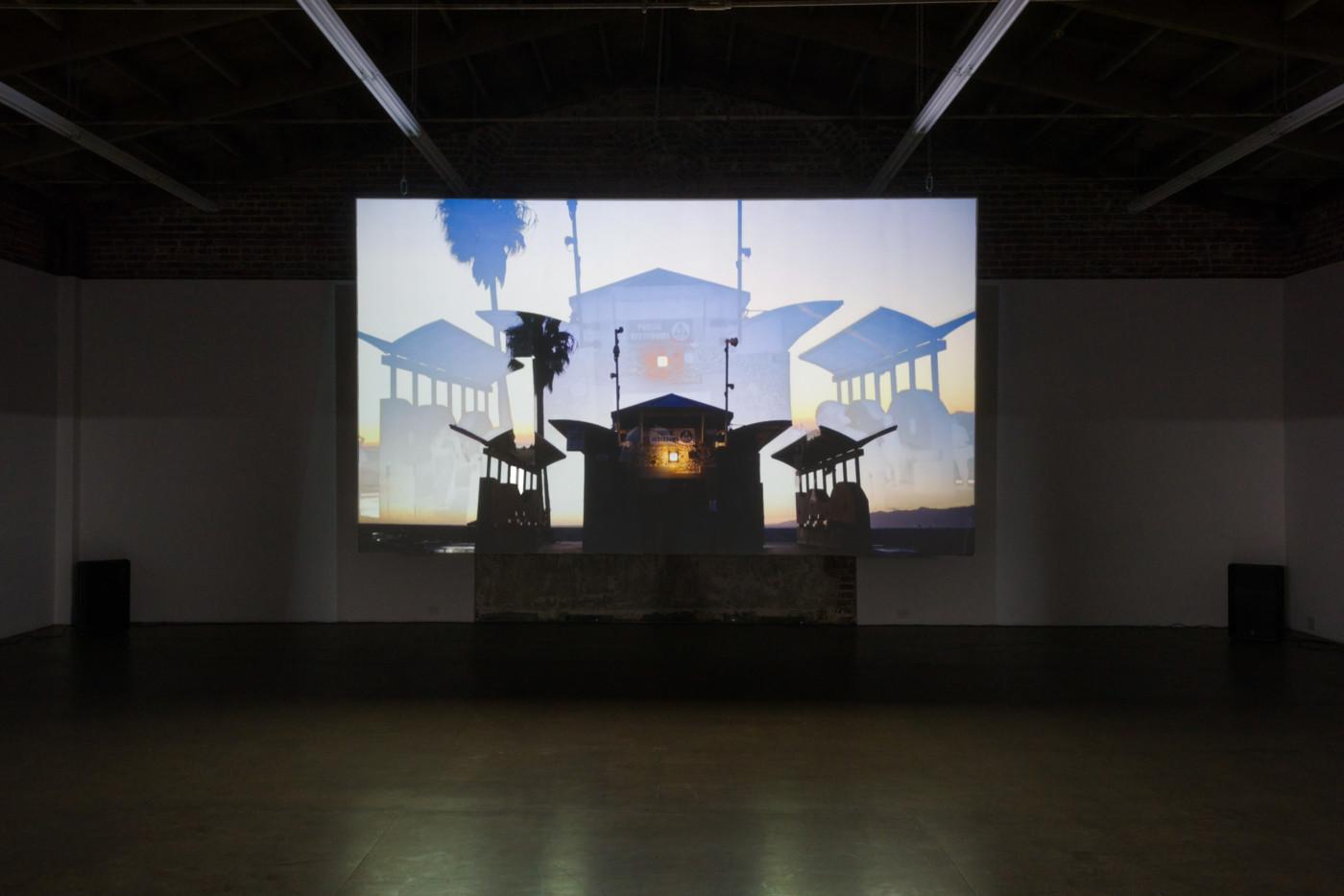 NINA KÖNNEMANN  Que Onda , 2018, House of Gaga, Los Angeles, installation view - High Art Gallery Paris