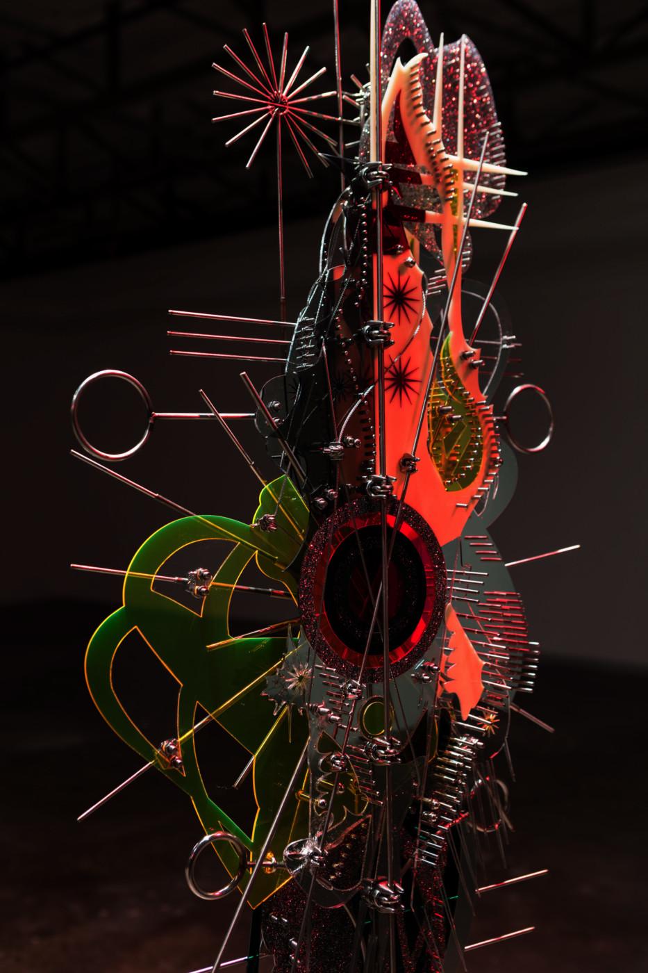 VALERIE KEANE  Prosthetic God  (detail), 2018 Acrylic, stainless steel Variable dimensions - High Art Gallery Paris