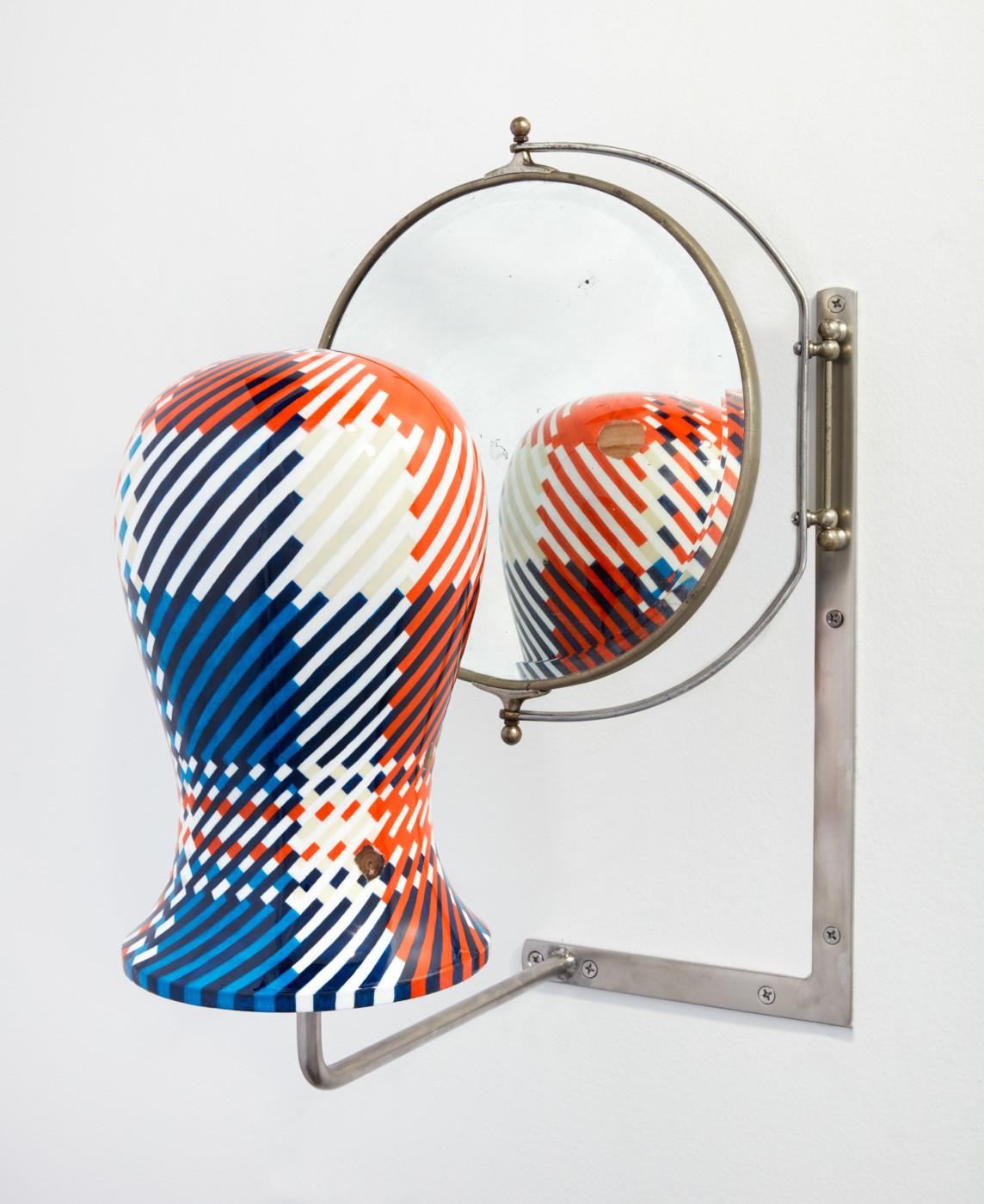 ORION MARTIN  Tête fig. 5 , 2019 Acrylic, enamel, wood, steel, mirror 53 x 37 x 38,5 cm /  20.8 x 14.5 x 15.18 in - High Art Gallery Paris
