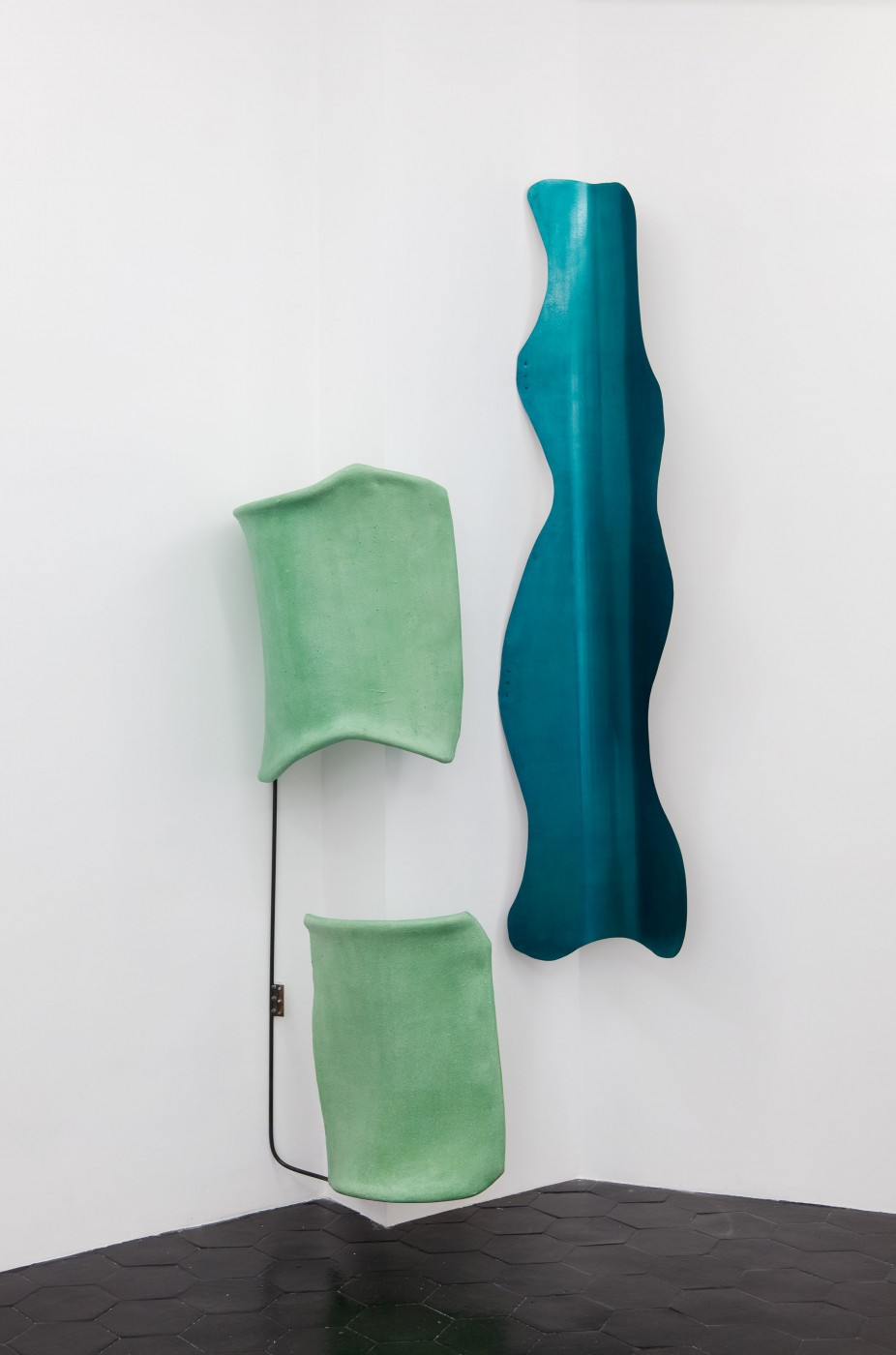 Her Curves  Interior biomorphic attachment (feeling natural and closer to dreams) , 2014  