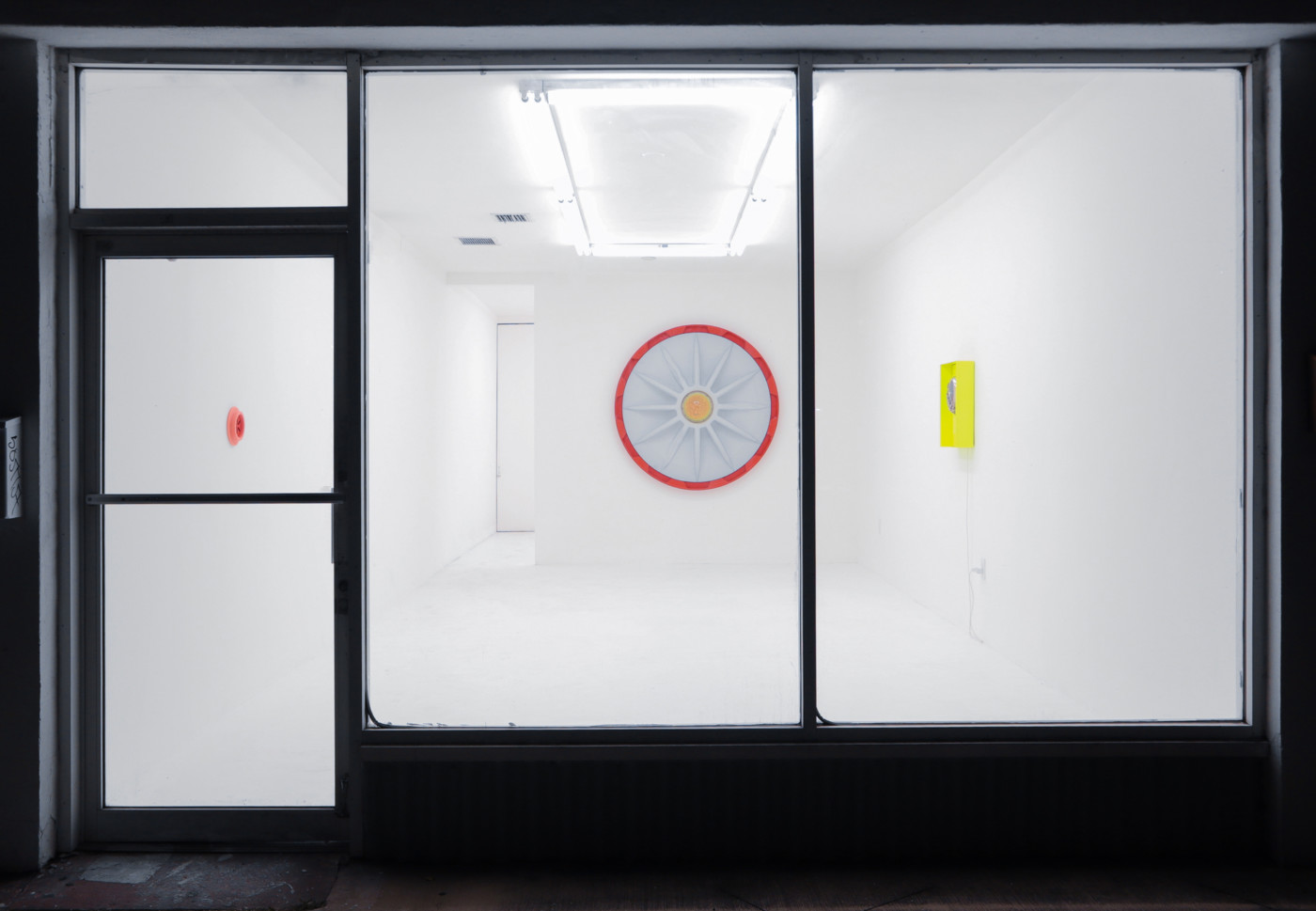 COOPER JACOBY  Stragglers , 2019, Central Fine, Miami, USA, installation view - High Art Gallery Paris