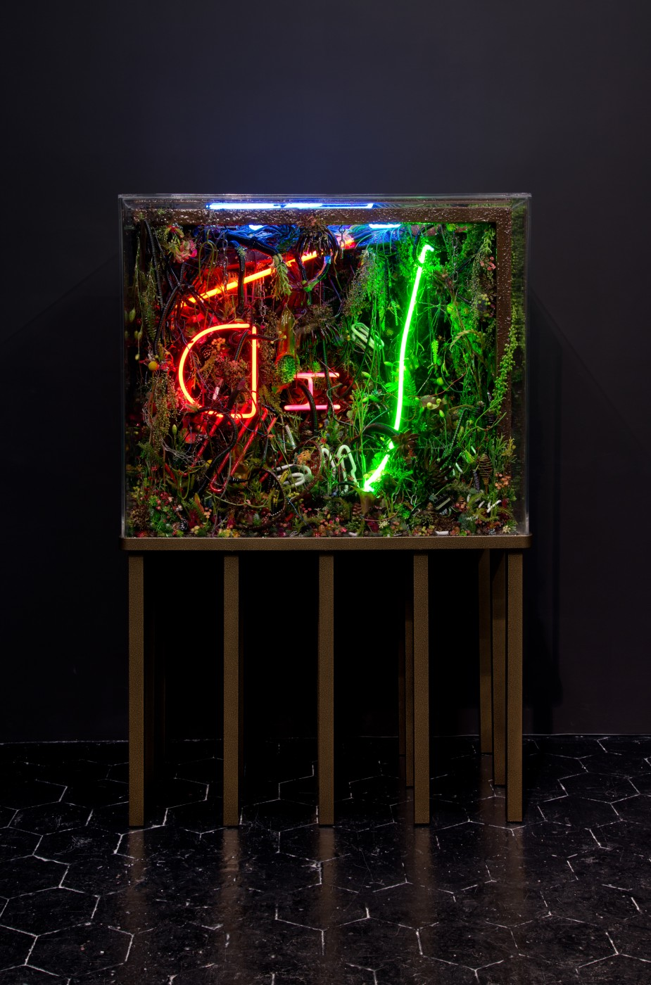 NATURE THEATER OF VIOLENT SUCCESSION  The Extinction of Neon 2</I>, 2015 Acrylic terrarium, modeled landscape, used and broken neon signs, plastic flora, gallows structure, automotive detritus, steel chains, GTO wires, found objects, insect and animal matter, polymer resin, custom aluminum stand  167.6 x 106.7 x 61 cm / 66 x 42 x 24 in - High Art Gallery Paris