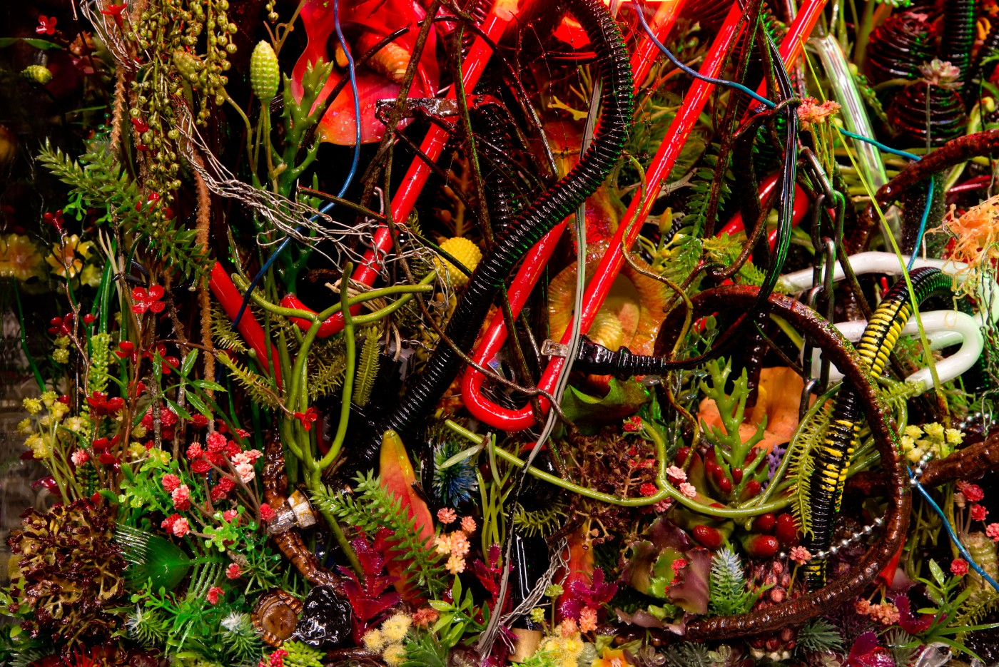 NATURE THEATER OF VIOLENT SUCCESSION  The Extinction of Neon 2</I>, 2015 (detail) Acrylic terrarium, modeled landscape, used and broken neon signs, plastic flora, gallows structure, automotive detritus, steel chains, GTO wires, found objects, insect and animal matter, polymer resin, custom aluminum stand  167.6 x 106.7 x 61 cm / 66 x 42 x 24 in  MAX HOOPER SCHNEIDER