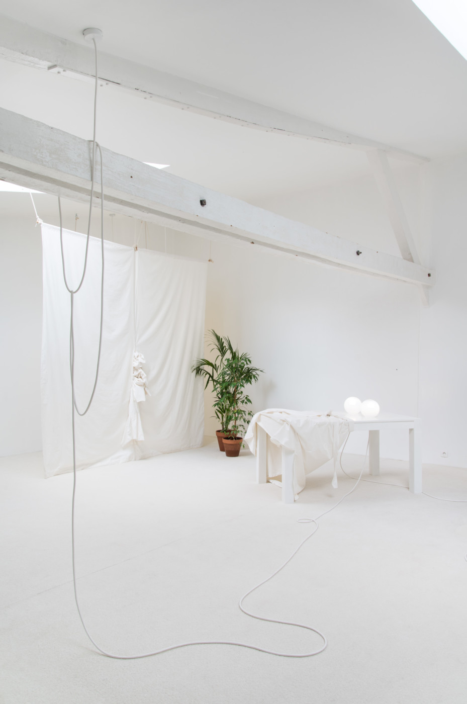 MÉLANIE MATRANGA  •— • , 2018, Villa Vassilieff, Paris, installation view - High Art Gallery Paris