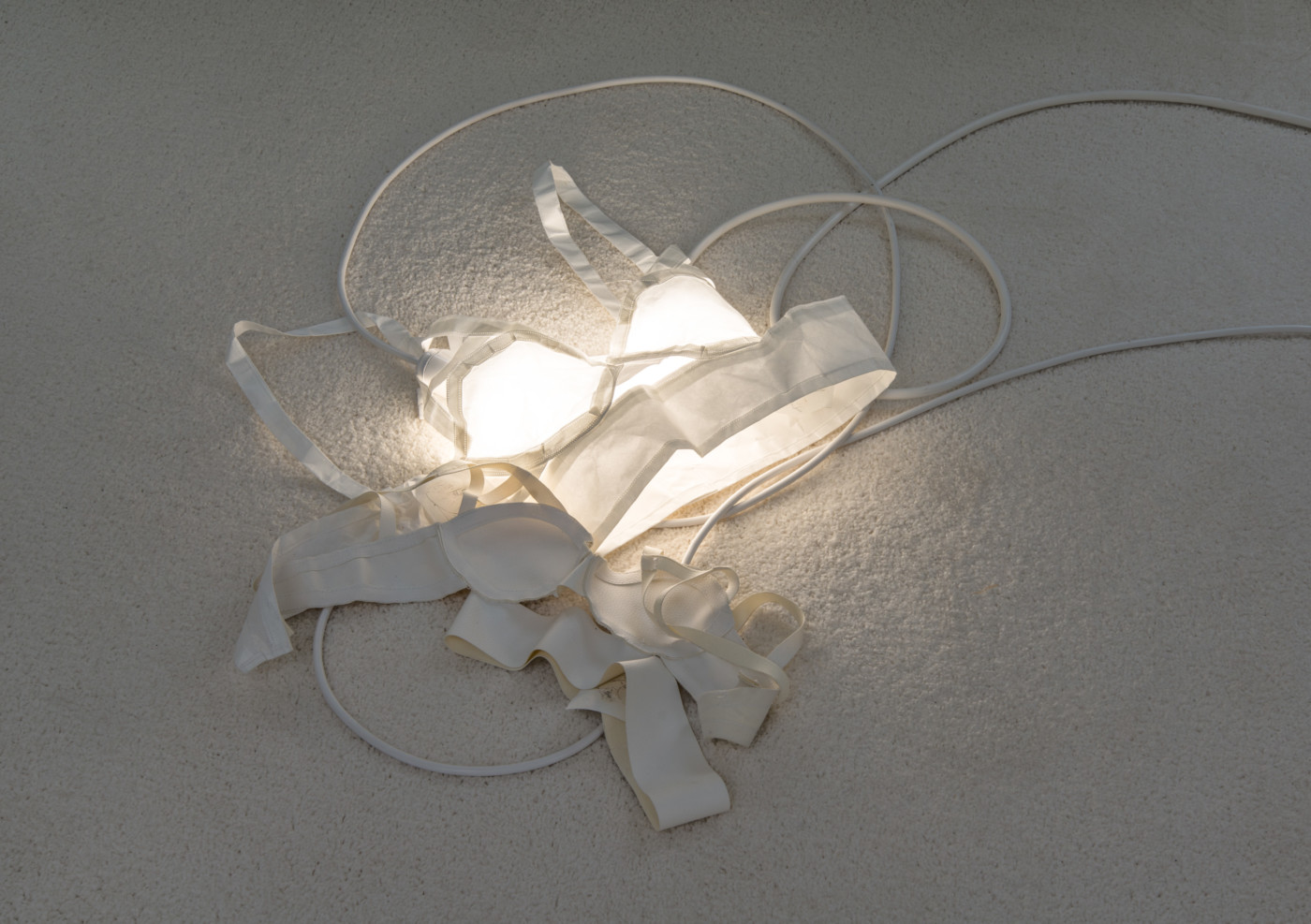 MÉLANIE MATRANGA  Ascendant , 2018  Cotton, lights, electrical cords 56 x 64 x 2 cm / 22.2 x 25.3 x 0.7 in - High Art Gallery Paris